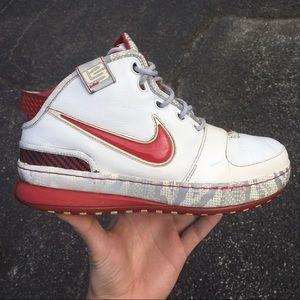 """Nike Lebron 6 """"Ohio State University"""" Size 8"""